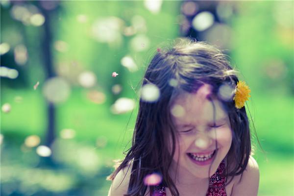 """心理短片:找到这些""""小确幸"""",也就找到了最简单的快乐"""